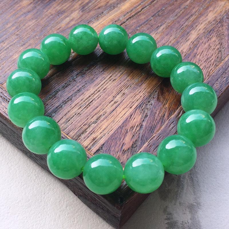 串珠手串,翡翠带绿圆珠手串,玉质莹润,佩戴佳品,单颗尺寸:12.4mm,重51.60克