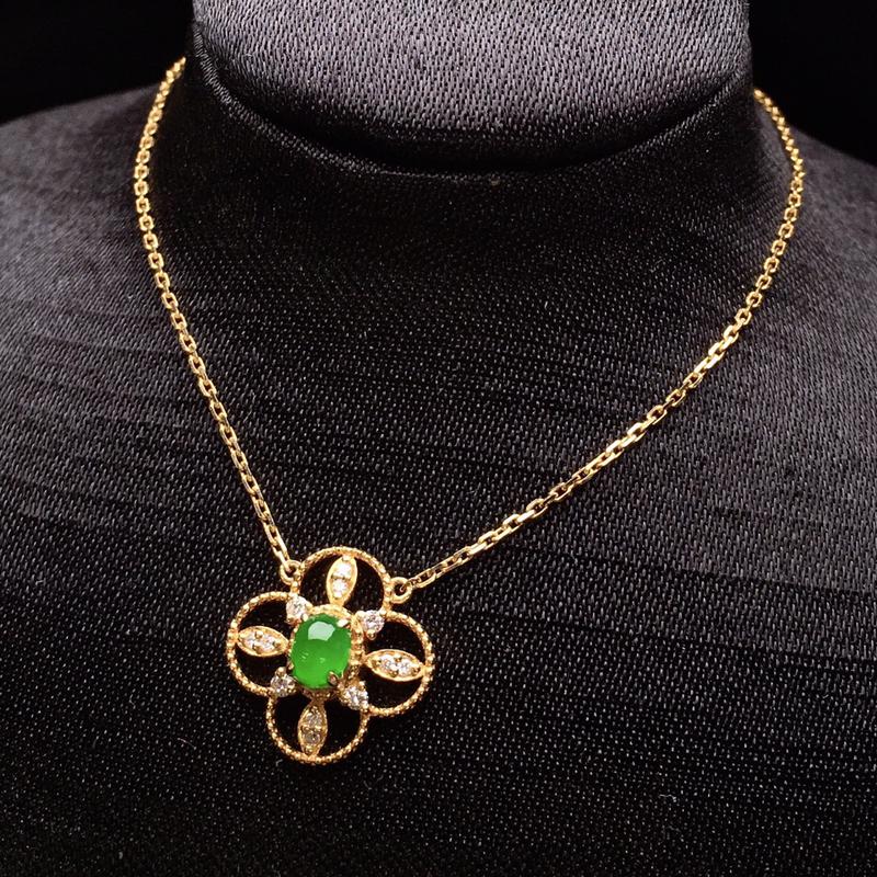 18K金钻精工镶嵌满绿蛋面锁骨项链 玉质细腻 色泽艳丽 款式新颖时尚精美 亮眼 整体尺寸12.4*1
