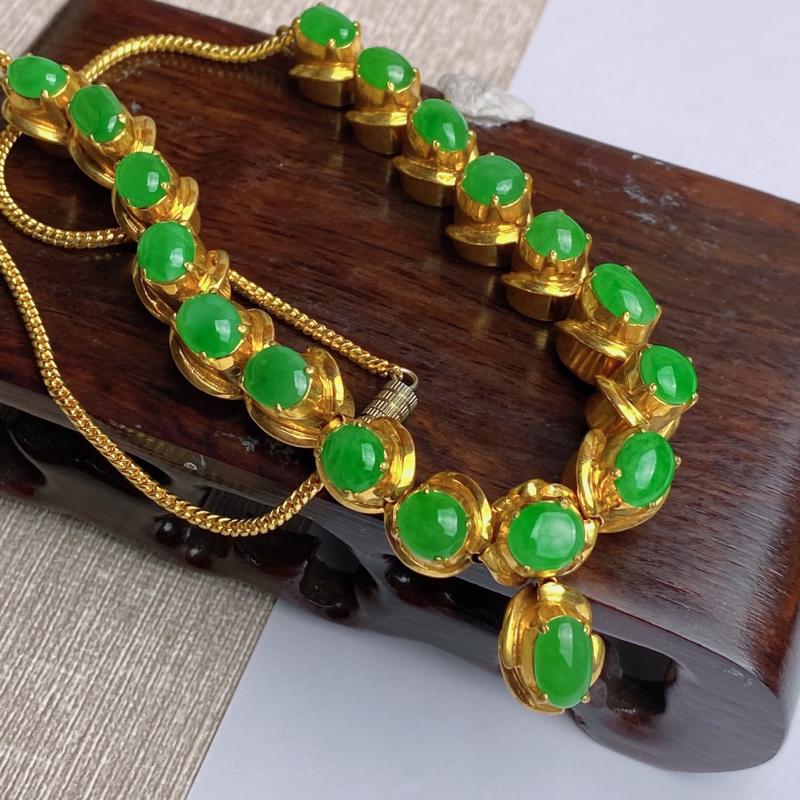 A货翡翠-种好满绿托铜蛋面项链,尺寸-8.7*5.5*3mm