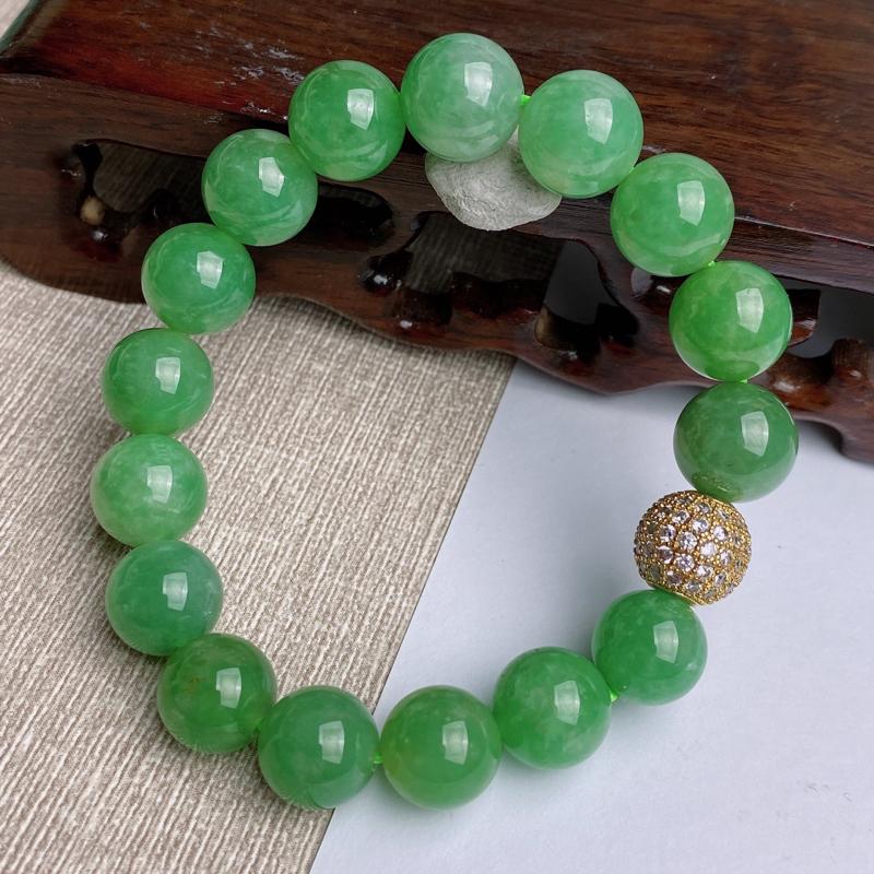 A货翡翠-种好满绿圆珠手链,尺寸-其一圆珠直径10.3mm