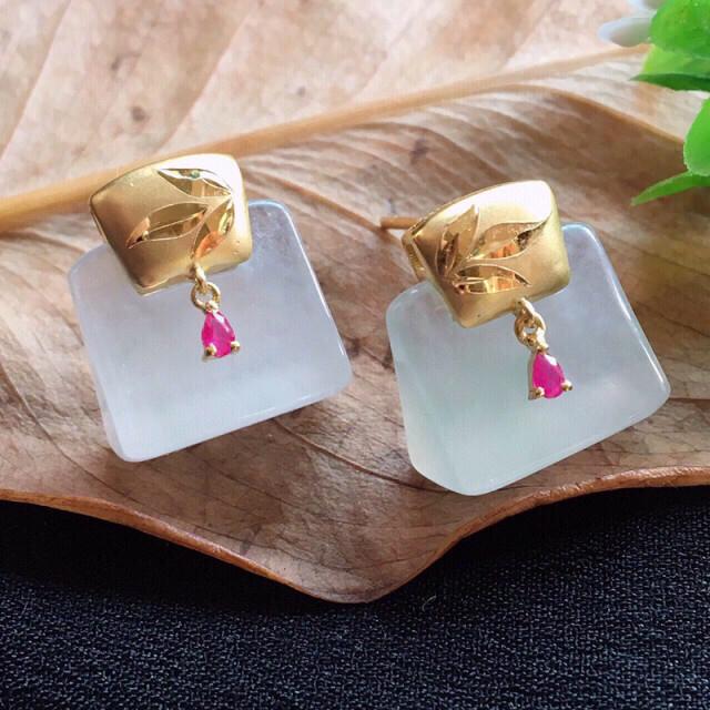 【值得推荐】好漂亮老种起胶冰平安耳钉,平安吉祥,18K金镶嵌,尺寸14.8*12.8*8.2mm,
