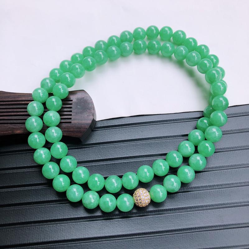 05/06   满绿圆珠项链,玉质细腻水润,底色漂亮,种水好