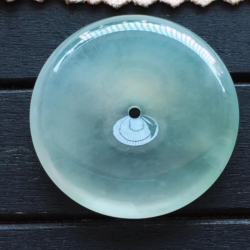 冰种带绿平安扣,怀古,自然光实拍,缅甸a货翡翠,种好通透,起荧光,莹润饱满,品质高档
