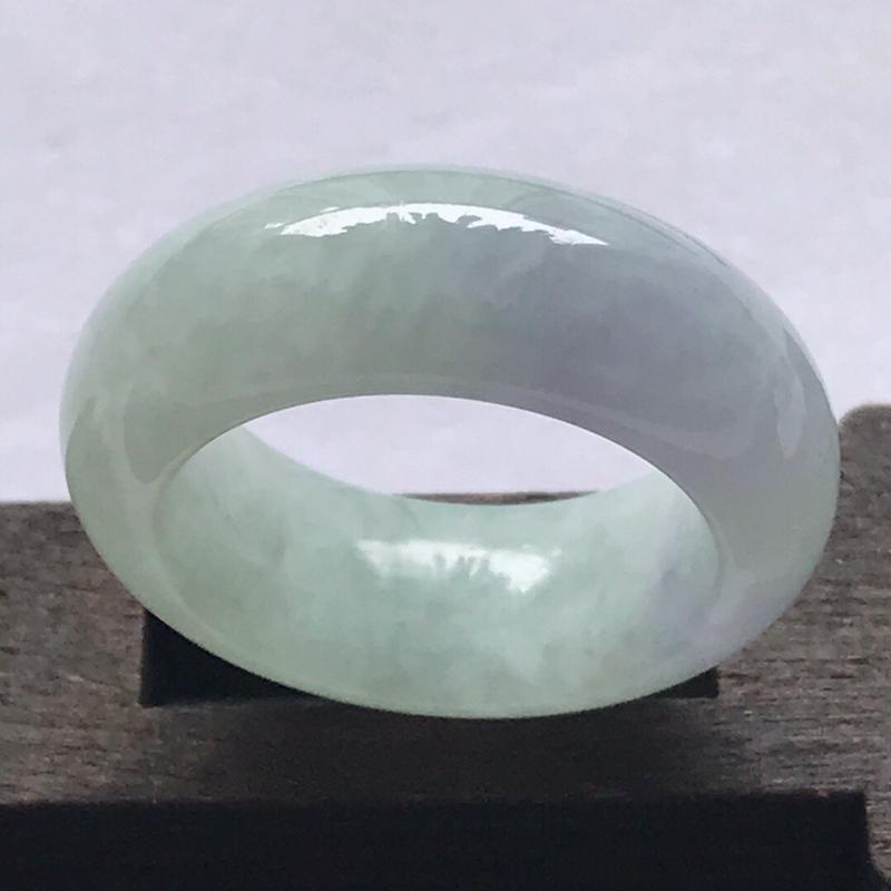 天然翡翠a货种水好福气带紫戒指料子细腻水润编号ll尺寸圈口18mm宽8.8厚5.2mm