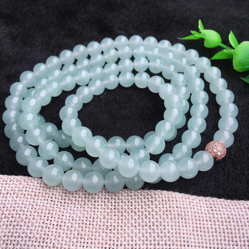 翡翠满色油润油绿圆珠项链,翡翠佛珠玉链,色泽均匀,种老水足,玉质细腻,单珠8.1*mm,共108颗