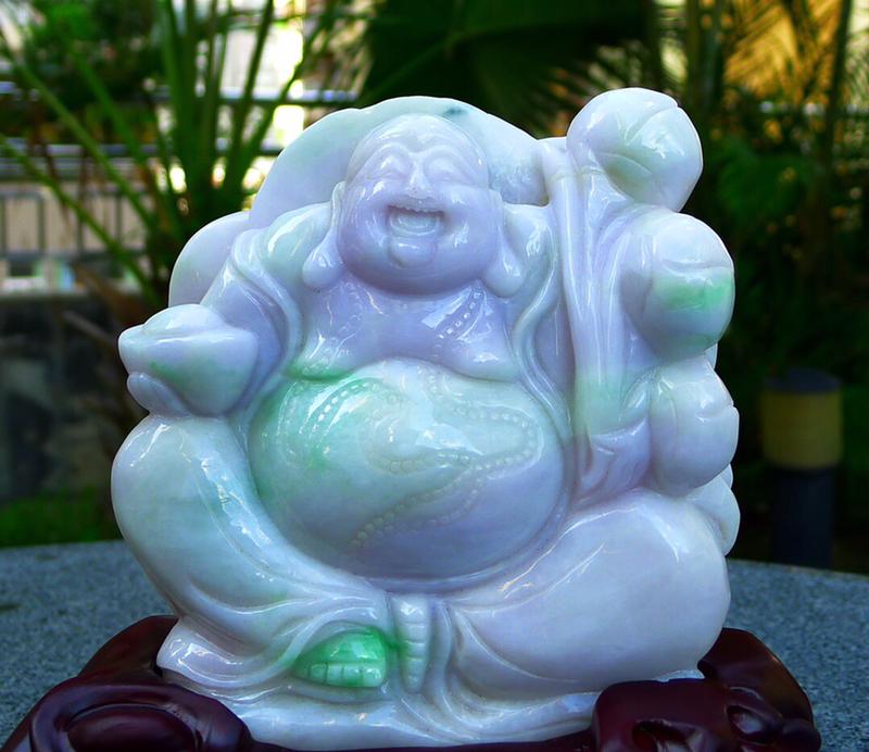 缅甸天然翡翠A货 精美 春带彩 笑口常开 多子多福 笑佛摆件 雕刻精美线条流畅种水好 大尊饱满 搭配