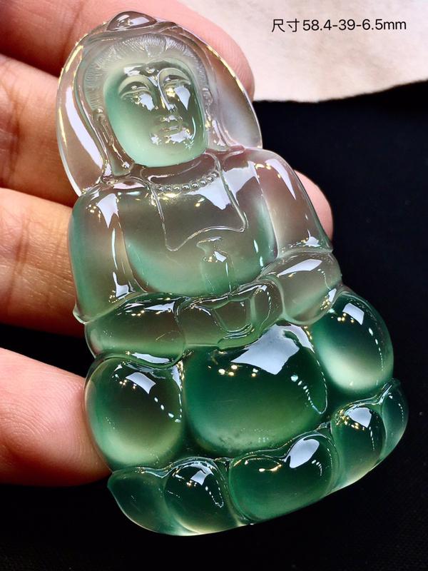 【典藏翡翠】收藏级玻璃种绿水观音挂件,刚性十足,底色靓丽,大气厚庄