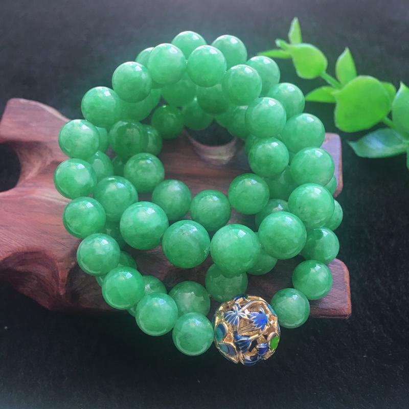 翡翠满绿油润油绿圆珠项链,翡翠佛珠玉链,色泽均匀,种老水足,玉质细腻,单珠8.4mm,共65颗