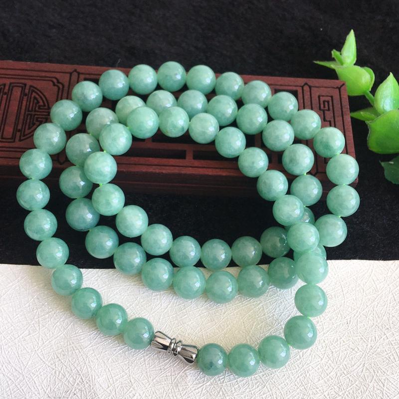 翡翠满色油润油绿圆珠项链,翡翠佛珠玉链,色泽均匀,种老水足,玉质细腻,单珠:8.2*mm,共67颗