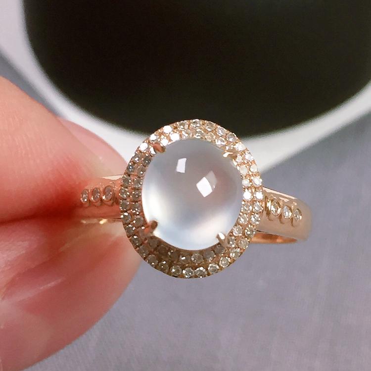 冰种翡翠戒指,种水好,玉质冰透起光,指圈:13#,裸石尺寸:7.5-6.7-4.3