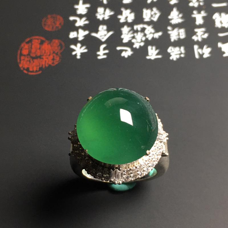 冰种晴绿大戒面 水润通透 色彩艳丽 大颗饱满 可镶嵌戒指或者吊坠 铜托