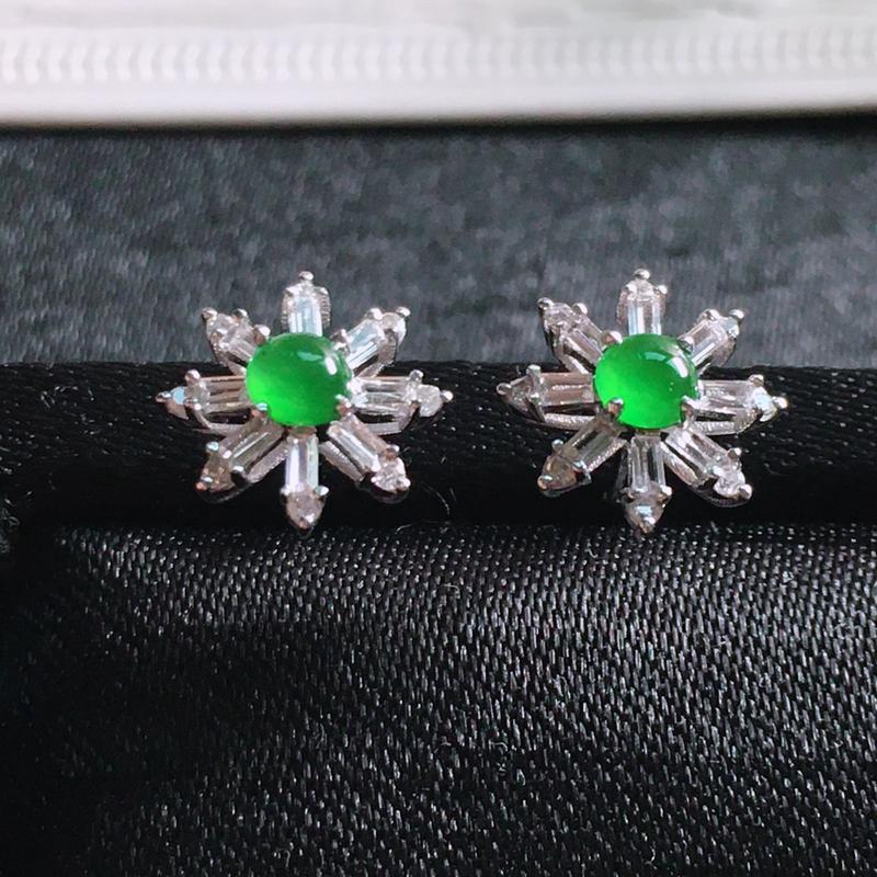 【值得推荐】好漂亮的绿旦耳钉,18k金伴钻镶嵌,尺寸9.5*9.1*5.2mm,非常大气,简约美