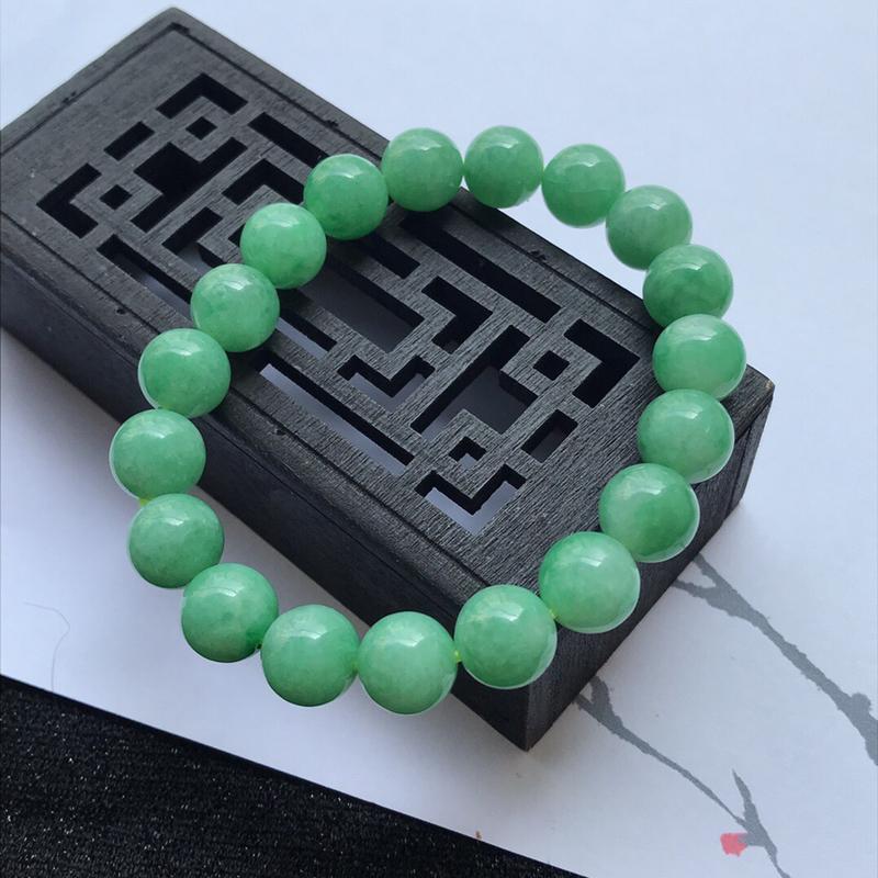 天然翡翠A货满绿手链手链           规格:裸石尺寸10mm 个别小纹编号ww