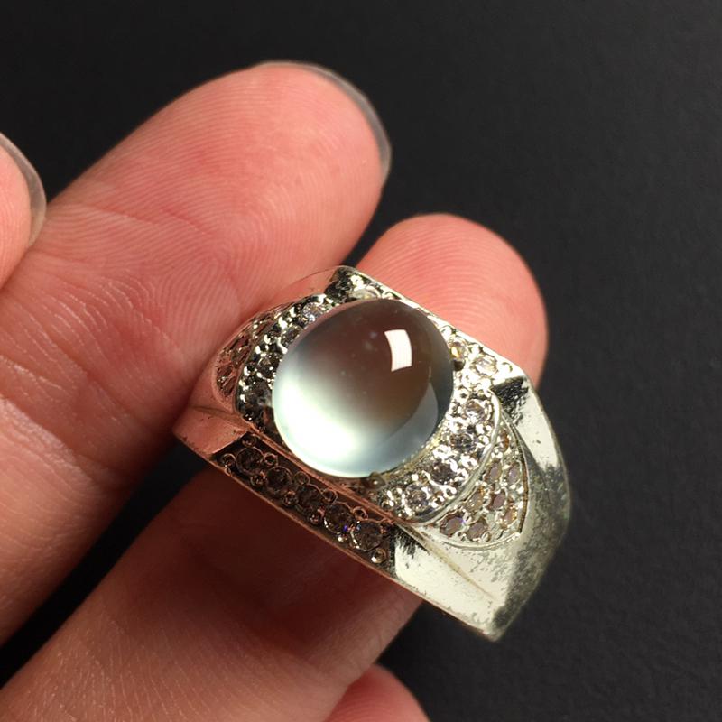 冰玻戒面裸石 铜托 裸石尺寸9-8-4毫米 玉质水润 饱满起荧光 美观时尚