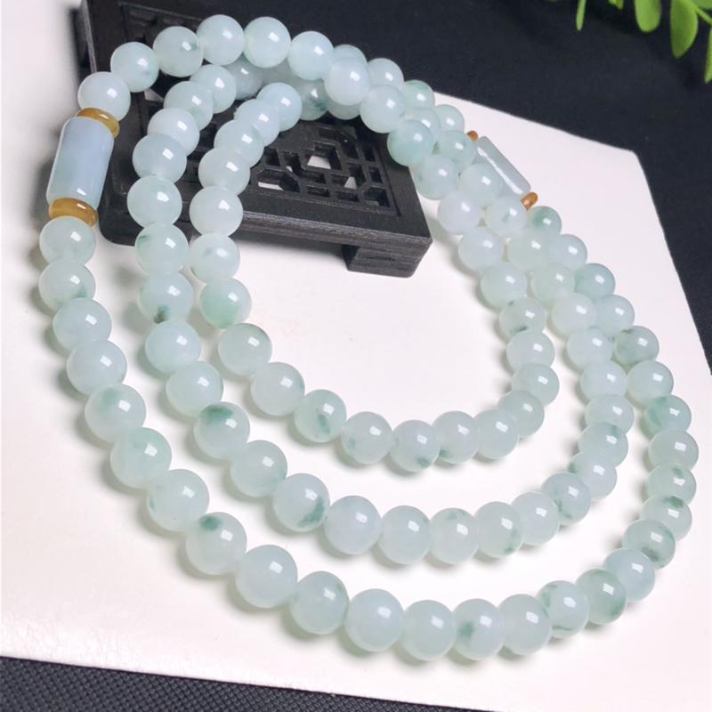 糯化种飘花翡翠珠链项链、98颗、直径8.0毫米、质地细腻、飘花灵动、隔珠是装饰品、A241C2541