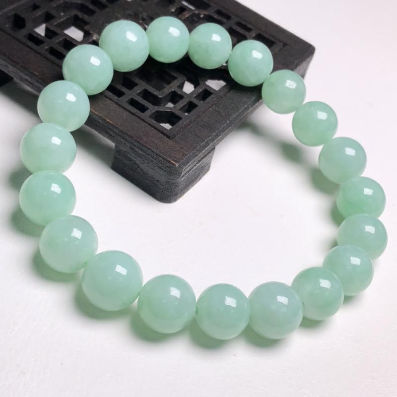 糯化种晴豆色翡翠珠链手串、直径8.9毫米、质地细腻、色泽均匀、A361C2761