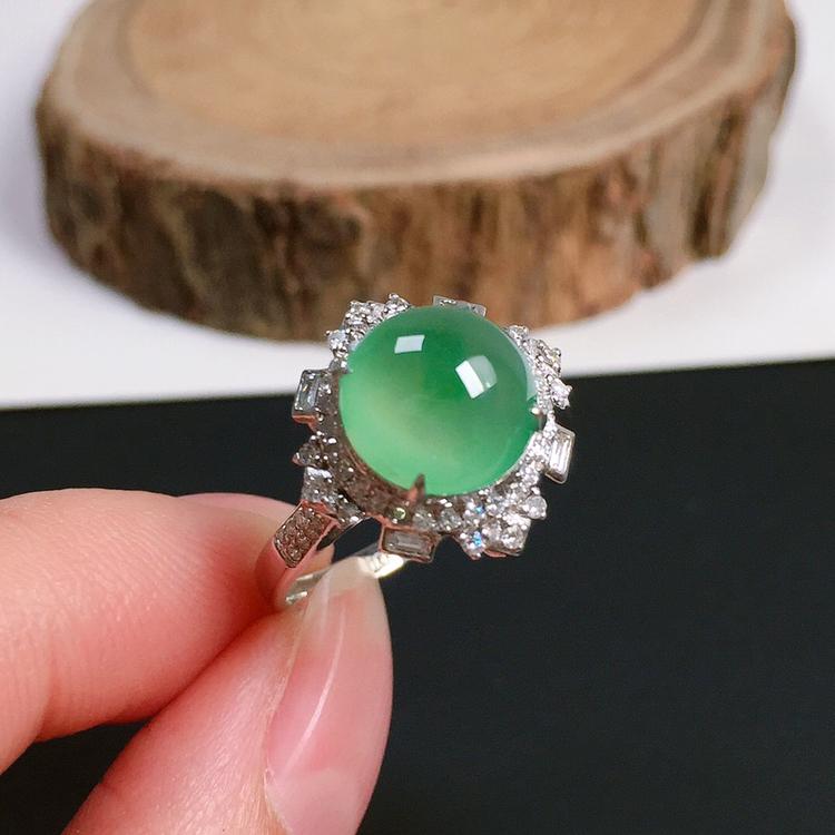 冰种睛绿翡翠戒指,种水好,起荧光,冰莹通透,指圈:14#,裸石尺寸:8.8-8.8-4.1