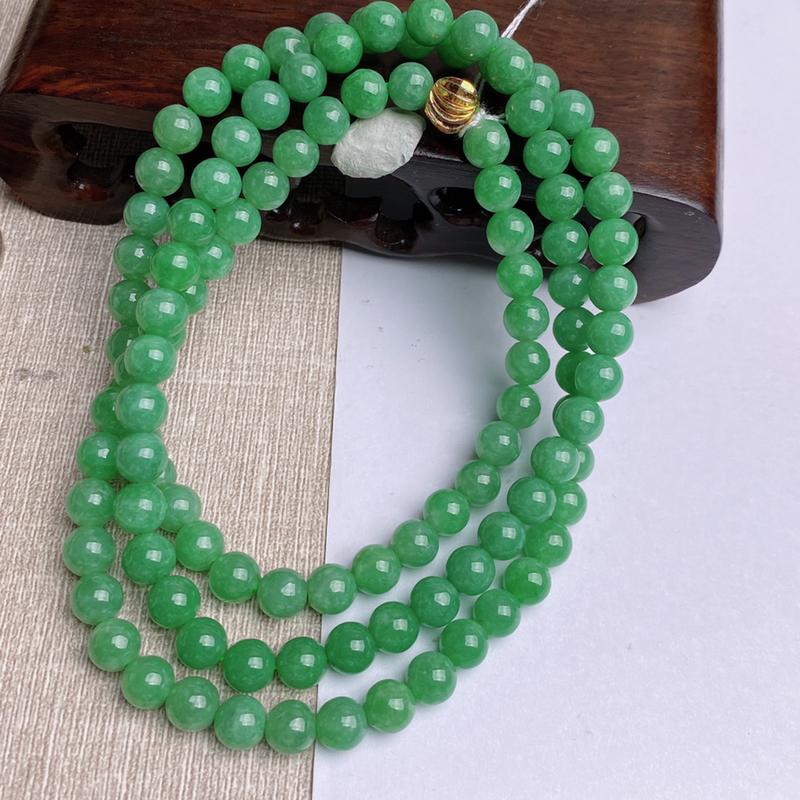 A货翡翠-种好满绿圆珠项链,尺寸-6.7mm,配珠为装饰品
