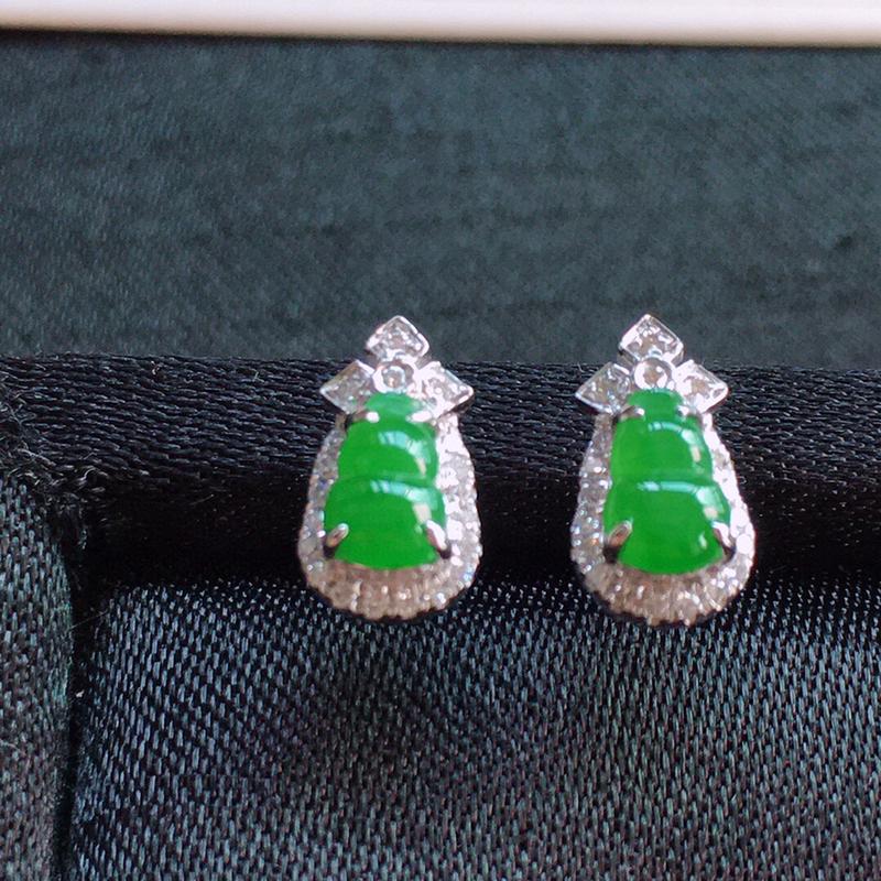 【值得推荐】好漂亮的水润绿葫芦耳钉,18k金伴钻镶嵌,简约美耐看,非常大气,尺寸10.3*5.7