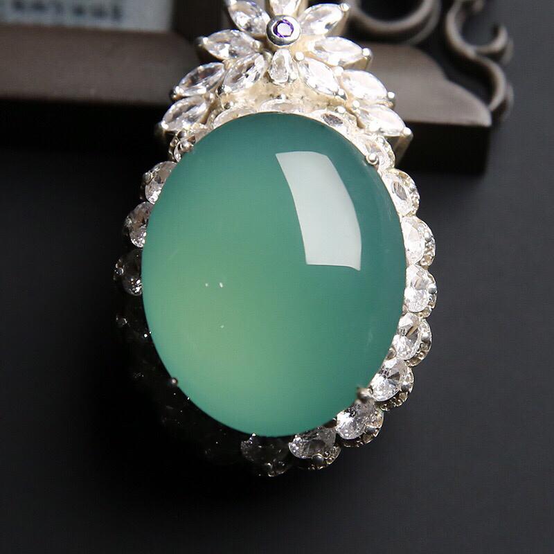冰种晴绿大蛋面 铜托 水润通透 质地细腻 镶嵌后效果更佳 裸石尺寸27.4-22-7.3毫米