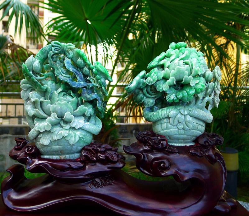 缅甸天然翡翠A货 精美 花开富贵 多子多福 好事连连 花蓝摆件 雕刻精美线条流畅 种水好 搭配精美高