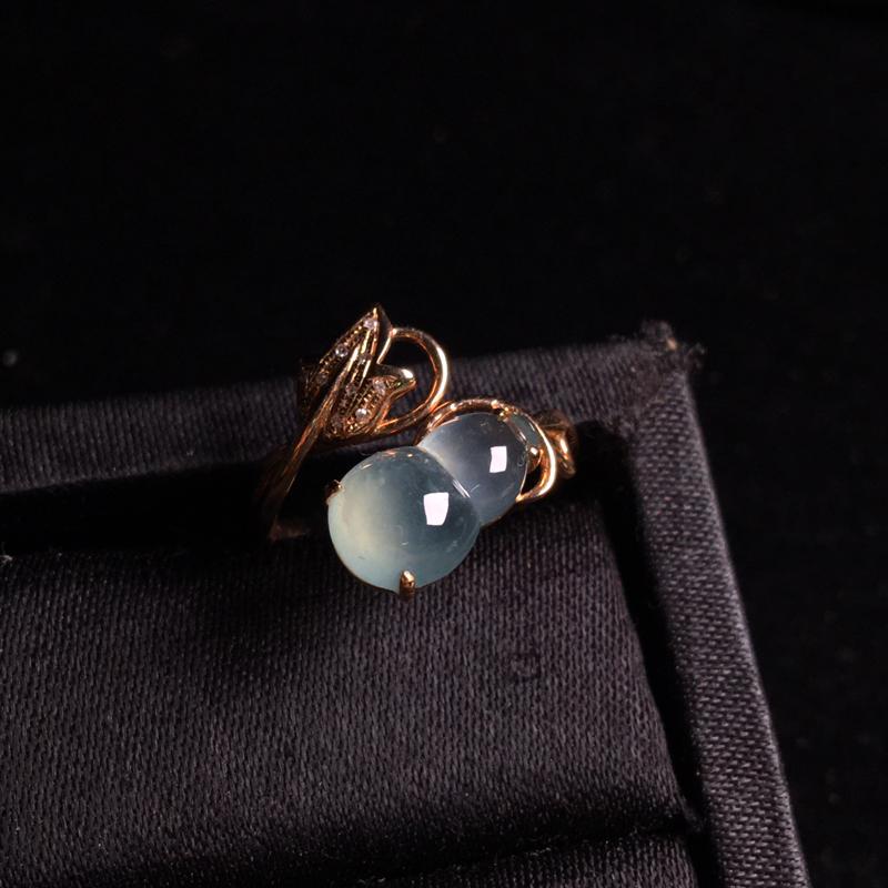 18k金伴钻镶嵌冰种葫芦戒指,福禄满满,细腻冰透,种水足,饱满通透,裸石:12*7*4.5,整体:1