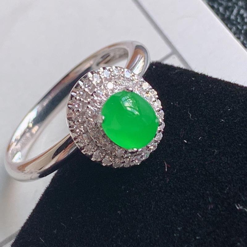 翡翠a货18k金伴钻石豪华镶嵌冰糯种满绿蛋面戒指,金:10.5*9.7*10.3mm,石:6*5*3